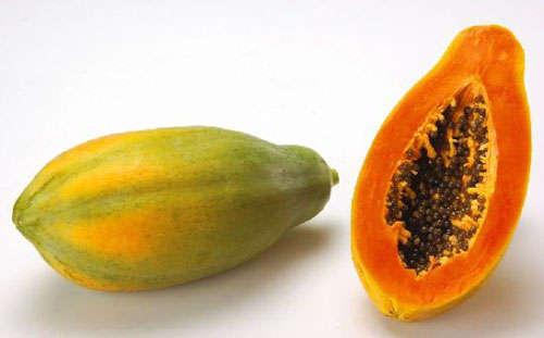 黄色成熟的木瓜