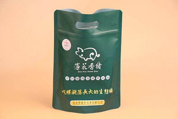 真空包装的藻花香猪产品
