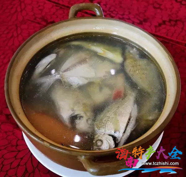 小海杂鱼汤